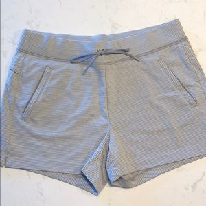 Athleta casual shorts
